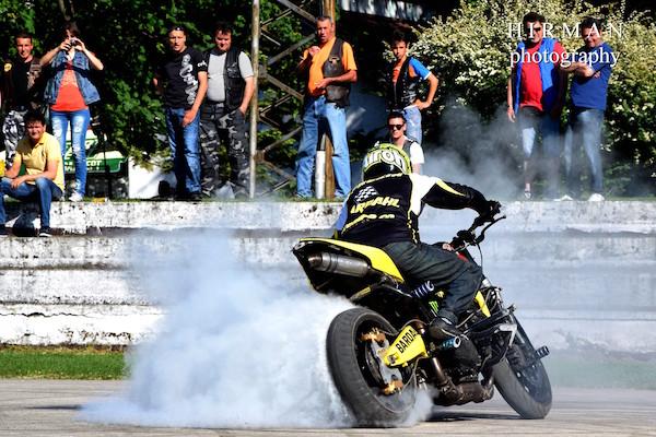 moto stunt drift