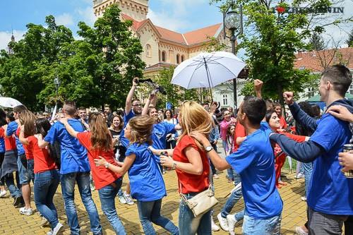 ples-maturanata-zrenjanin-2014-15