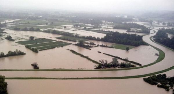 Vojska-poplava_620x0