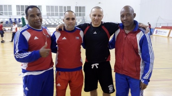 Milan Piperski sa reprezentativcima Kube
