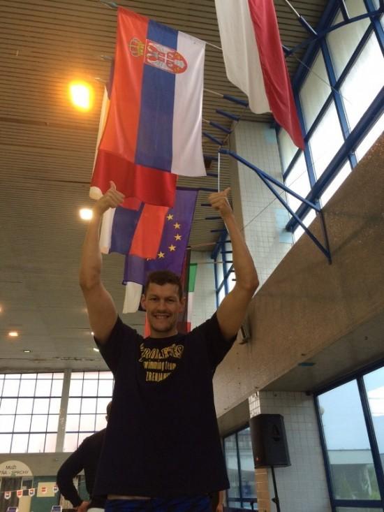 Arkadij Vjacanin sa zastavom
