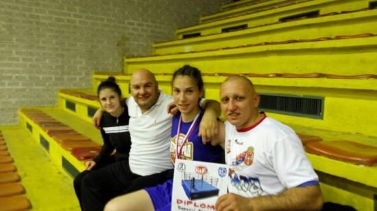 Tim koji dobija: Lidija, Srđan, Aleksandra i Milan