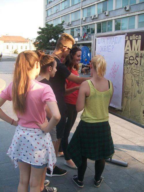 bazar-omladinskog-aktivizma3