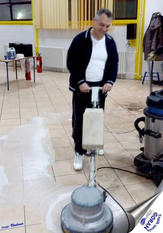 Diektor bez kancelarije i kravate: Goran Pavić je pravi primer svojim radnicima