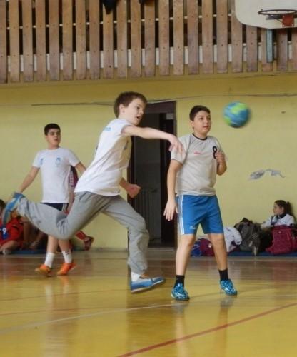 Detalj sa mini rukometa u Zrenjaninskoj gimnaziji