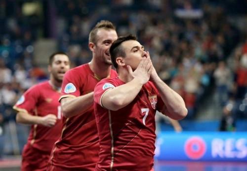 Slobodan Janjić proslavlja svoj prvi gol na EP u Beogradu