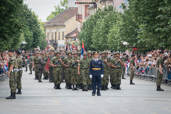 vojna-parada-zrenjanin-2016-00072