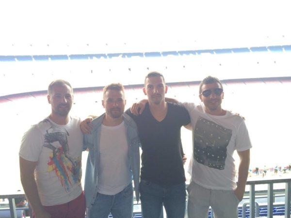 Sa bratom i drugovima u Barseloni