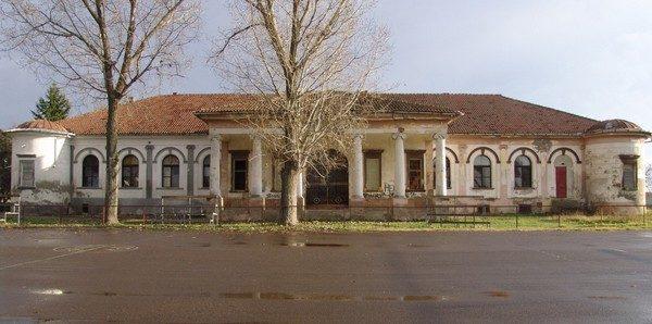 Dvorac-Bajic-sm-1024x509