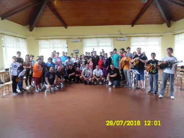 druzenje sa evropskim tamburaskim orkestrom