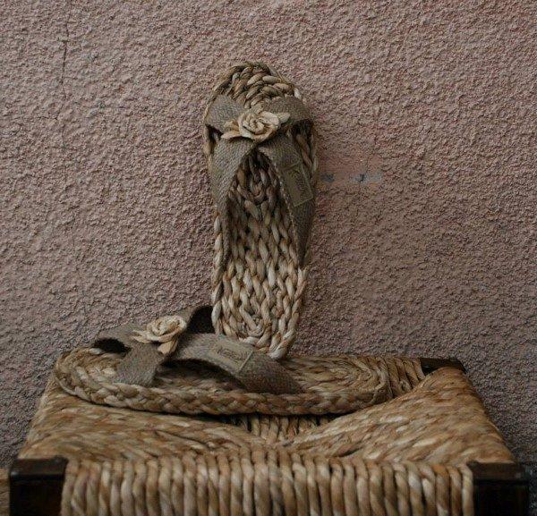 rogoz-papuce-zid