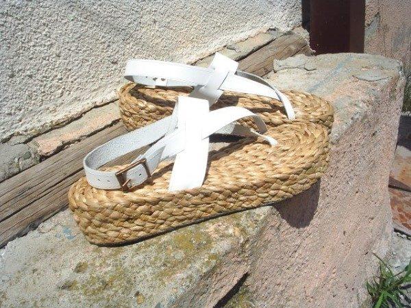 rogoz-sandale-bele