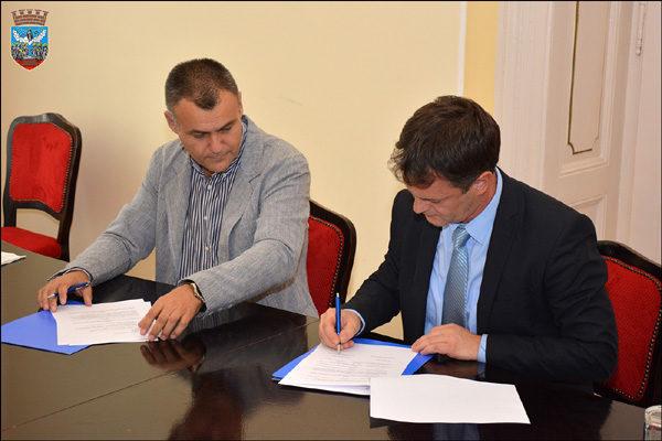 fam-potpisivanje