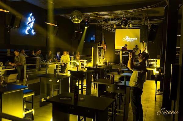 club-johnnie-2