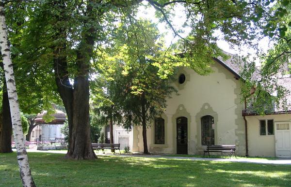 Zgrada u Gradskoj bašti - prva električna centrala u gradu