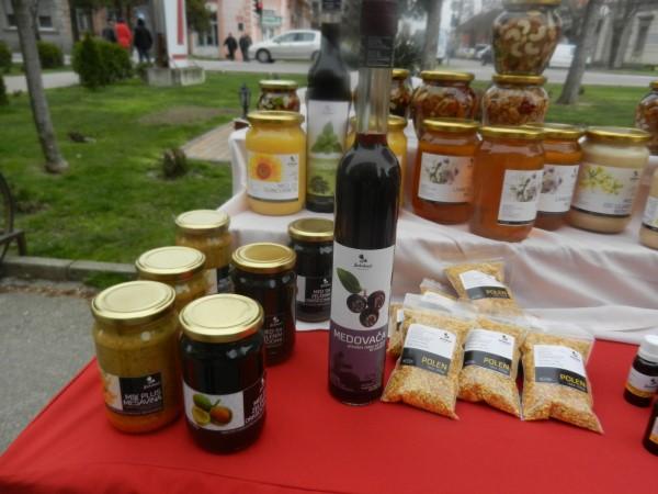 Pčelarstvo postaje sve interesantnija delatnost pogotovo za