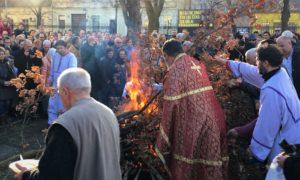paljenje badnjaka Uspenski hram