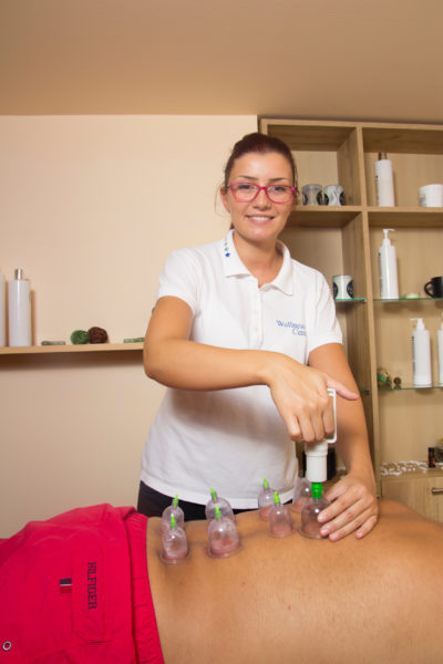 Bol u leđima može uspešno da se otkloni adekvatnom masažom