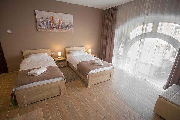 hostel zrenjanin - hostel centar lux 2 zrenjanin soba 2